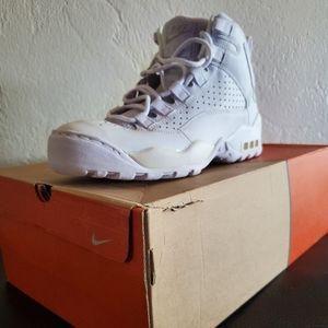 Air Darwin Hi White Shoes